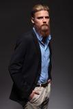 Ritratto di un uomo barbuto serio di affari Immagini Stock Libere da Diritti