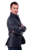 Ritratto di un uomo bello, con le braccia attraversate Fotografia Stock Libera da Diritti