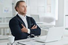 Ritratto di un uomo d'affari sul lavoro Immagini Stock Libere da Diritti
