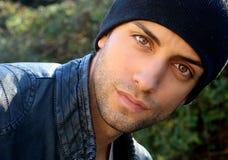 Ritratto di un uomo latino bello Fotografie Stock