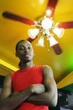 Ritratto di un uomo nero giovane gorgeous immagine stock