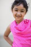 Ritratto di una bambina sorridente Fotografia Stock Libera da Diritti