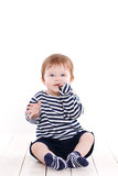 Ritratto di una bambina su un fondo bianco Immagini Stock