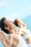Ritratto di una coppia che si rilassa dal mare Immagine Stock Libera da Diritti