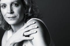 Ritratto di una donna Fotografie Stock Libere da Diritti