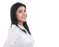 Ritratto di una donna asiatica felice sopra bianco Fotografia Stock