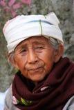 Ritratto di una donna birmana anziana, Mingun, Mandalay, Myanmar immagini stock libere da diritti