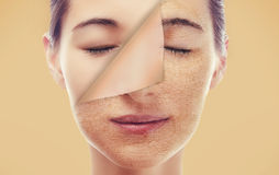 Ritratto di una donna con una nuova pelle liscia immagini stock