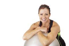 Ritratto di una donna felice e in buona salute di forma fisica fotografia stock