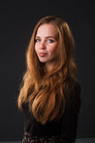 Ritratto di una ragazza abbastanza sensuale Fotografia Stock Libera da Diritti