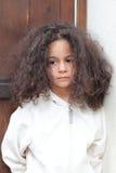 Ritratto di una ragazza pensierosa sveglia Fotografia Stock Libera da Diritti