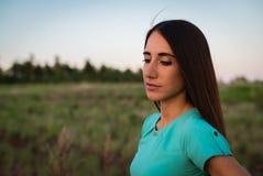 Ritratto di una ragazza in vestito fotografia stock libera da diritti