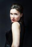 Ritratto di vecchio stile per la ragazza elegante fotografia stock libera da diritti