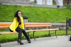 Ritratto donna sorridente dei giovani di bella Immagini Stock Libere da Diritti