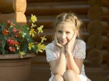 Ritratto esterno della ragazza Fotografie Stock