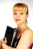 Ritratto femminile con il computer portatile Immagini Stock