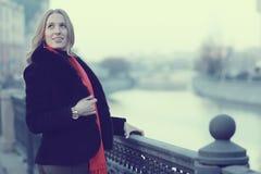Ritratto femminile nei toni freddi Fotografia Stock Libera da Diritti
