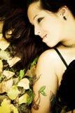 Ritratto gotico sorridente della ragazza Fotografie Stock Libere da Diritti