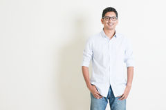 Ritratto indiano dell'uomo di affari casuali Fotografia Stock