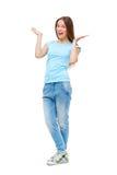 Ritratto integrale della ragazza in abbigliamento casuale isolato fotografie stock libere da diritti