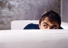 Ritratto maschio che osserva via Fotografie Stock Libere da Diritti