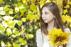 Ritratto nel parco di autunno Immagine Stock