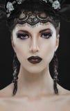 Ritratto nero gotico di trucco di bellezza Fotografie Stock Libere da Diritti
