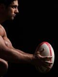 Ritratto nudo sexy dell'uomo di rugby fotografie stock