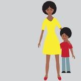 Ritratto piano della famiglia felice con la madre ed il bambino Fotografie Stock Libere da Diritti