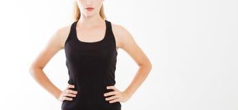 Ritratto potato di giovane bella, ragazza caucasica Donna in camicia alla moda nera su fondo bianco Modello per progettazione, in fotografia stock libera da diritti