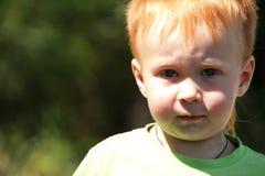 Ritratto rosso del ragazzo dei capelli Immagini Stock Libere da Diritti