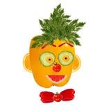 Ritratto sorridente dell'uomo fatto delle verdure e della frutta Fotografie Stock Libere da Diritti