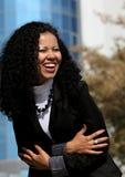 Ritratto sorridente della donna di affari all'aperto Fotografia Stock