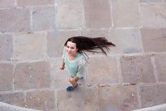 Ritratto urbano di una donna Fotografie Stock Libere da Diritti