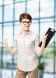 Ritratto verticale di riuscita donna felice di affari Fotografia Stock Libera da Diritti