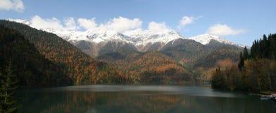 ritsa de lac d'abhazia Photos stock