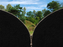 Ritssluiting en landelijk de zomerlandschap Royalty-vrije Stock Afbeelding