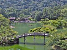Ritsurin trädgård i Takamatsu, Japan Arkivfoton