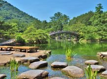 Ritsurin trädgård i Takamatsu, Japan Royaltyfri Fotografi
