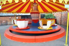 ritt karusell fritidobjekt för barn royaltyfria bilder