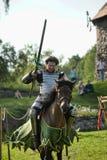Ritter auf Pferdeturnier Stockbilder
