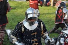 Ritter in der Rüstung auf dem Turnier Lizenzfreie Stockbilder