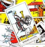 Ritter der Schalen Tarockkarte stock abbildung