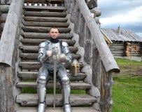 Ritterliche Rüstung und Waffe Stockbilder