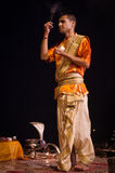 Ritual de Ganga Aarti en Varanasi Foto de archivo libre de regalías