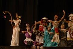 Ritual för Kandyan dansdans som är bekant som den Kohomba kankariyaen fotografering för bildbyråer