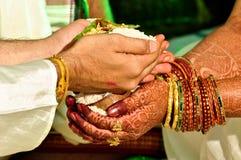 Rituale indù di cerimonia nuziale Fotografie Stock Libere da Diritti