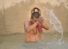 Rituales y religión hindúes. foto de archivo