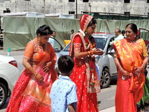 Rituelen van traditioneel Hindoes huwelijk, India Stock Afbeelding