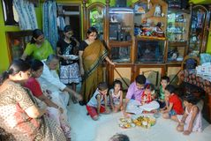 Rituels d'Annaprashana en Inde Images stock
